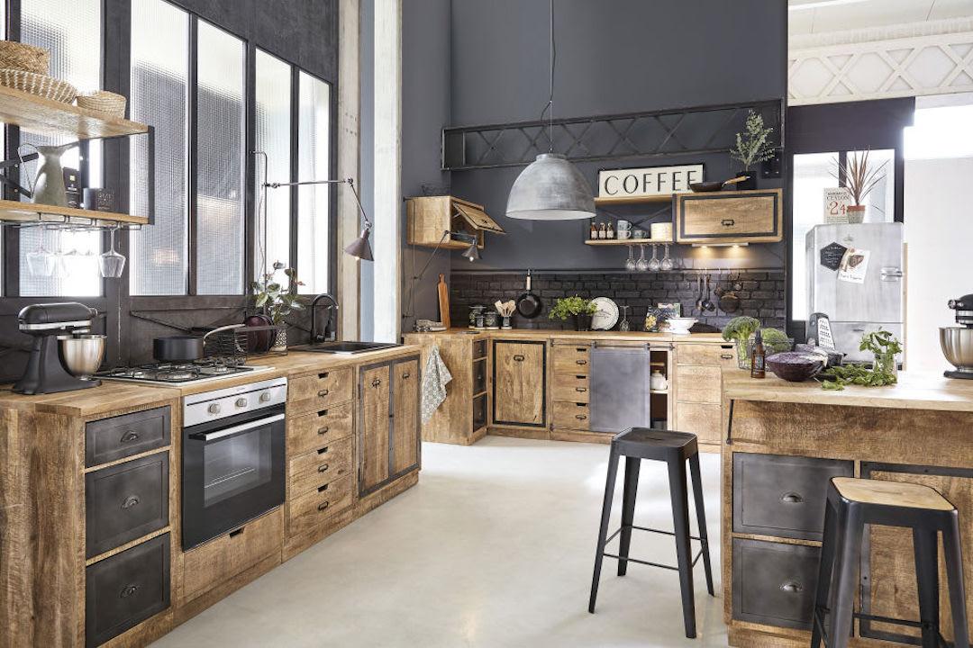 cuisine bois murs noirs maisons du monde moderne champêtre