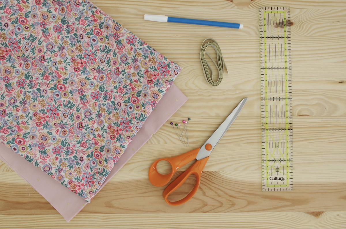 protège carnet de santé bébé personnalisé couture matériel