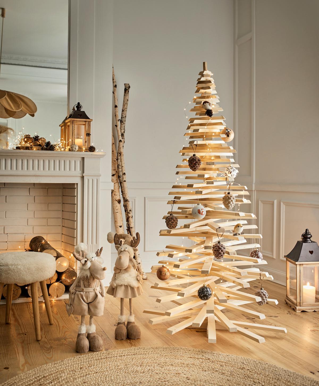 Sapin de Noël fait maison tasseaux recup - blog déco - clem around the corner