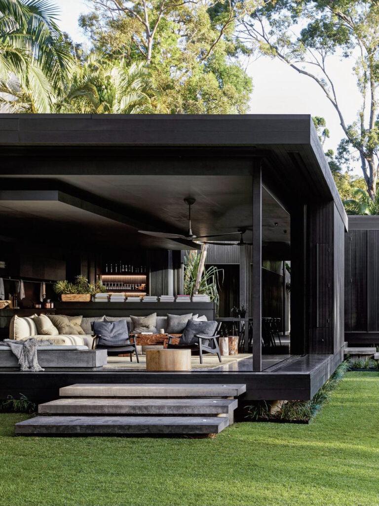 longère moderne Australie maison noire villa architecture