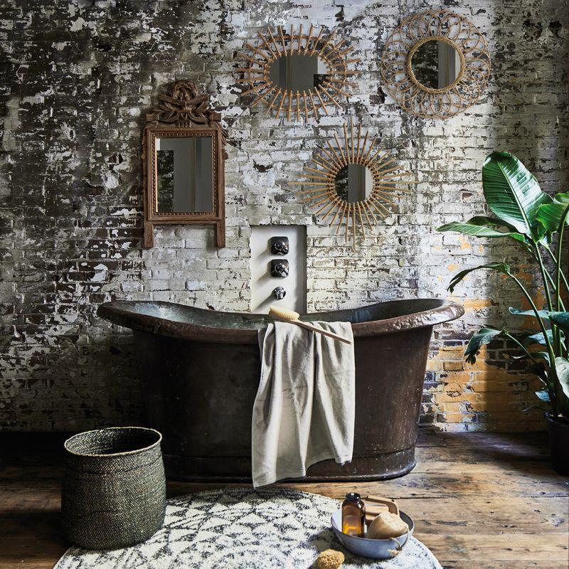 tapis de bain rond noir blanc baignoire bronze