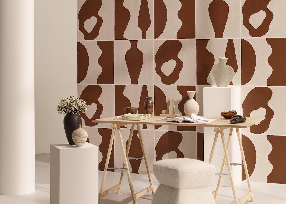 Astéré papier-peint beige rosé terracotta peinture artiste Garance Vallée