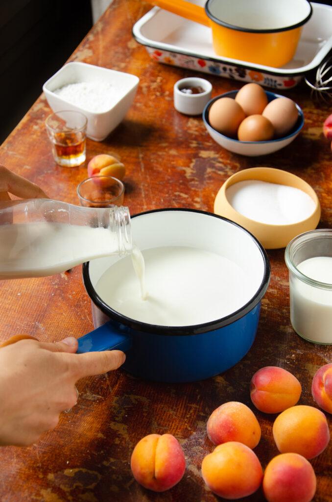 casserole rétro en émail bleue nuit - blog déco - clemaroundthecorner