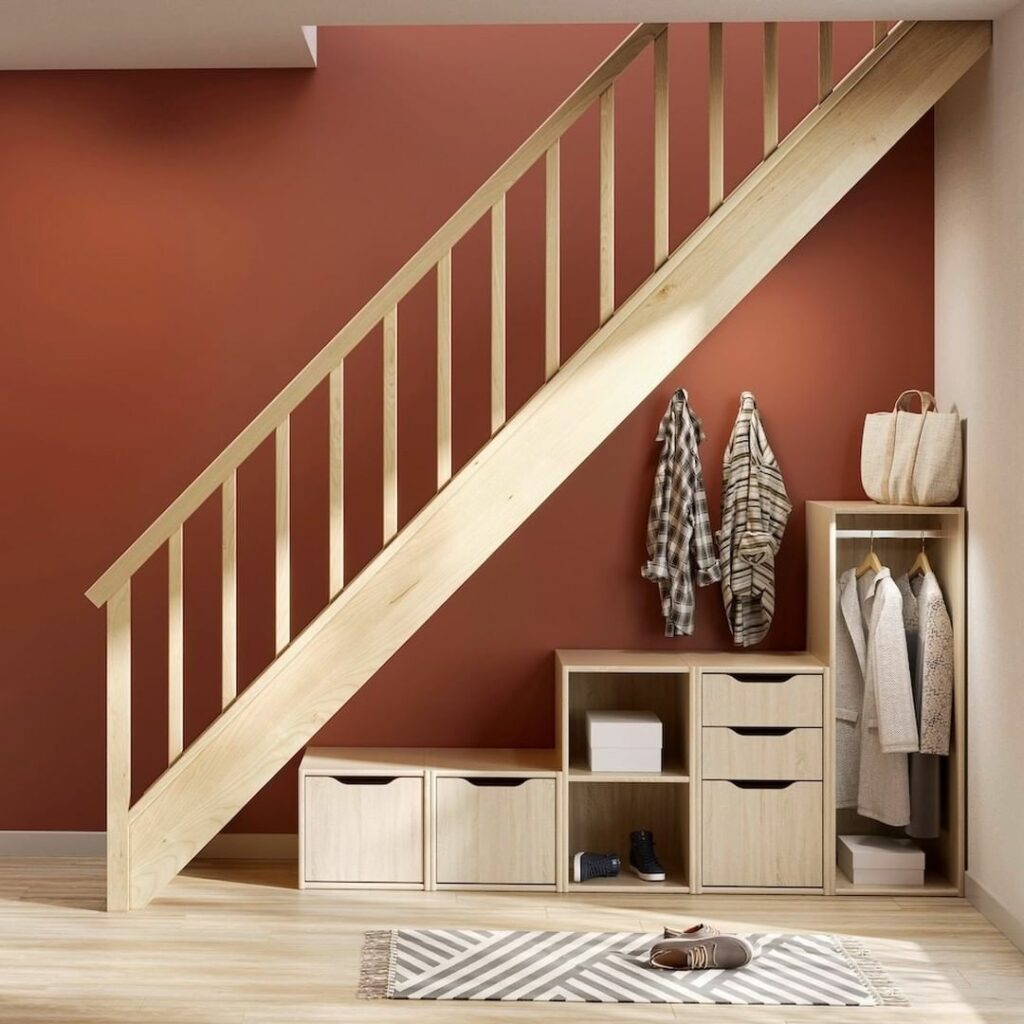 réussir aménagement placard hall entrée sous escalier